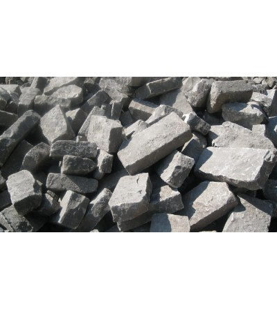 Sandstone or granite curbstones